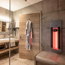 Bathroom with infrared in the penthouse